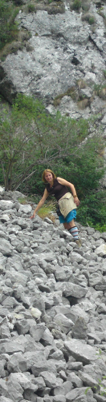 Drumetii  in Apuseni pensiunea Shanti2